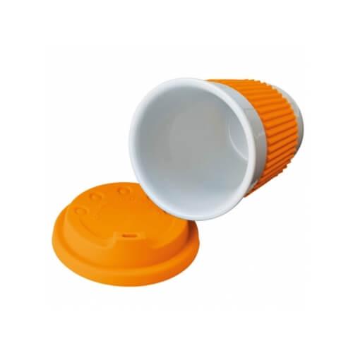 kubek z silikonowym wieczkiem
