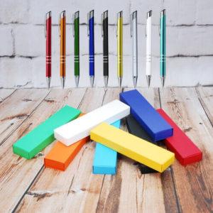 Długopisy z logo w pudełku