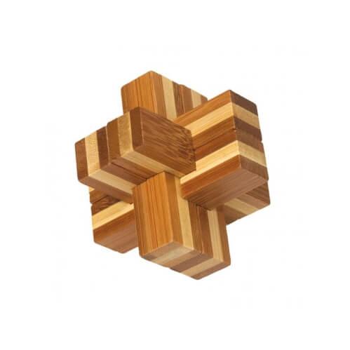 Drewniana gra zręcznościowa z logo