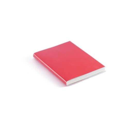 Notes z białymi kartkami